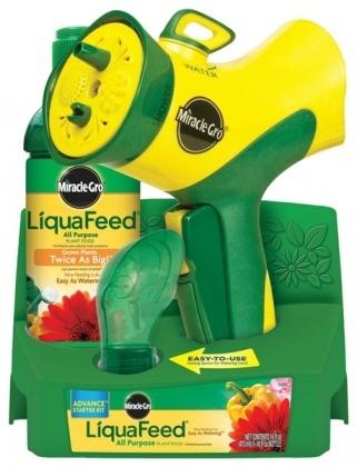 Пистолет-распылитель с подачей удобрения Miracle-Gro LiquaFeed Advance Starter Kit with Garden Feeder фото