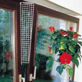 Защитные сетки на окна для котов Flamingo Window Prot Grille, боковые ограничители, белый, 56,5х9,5-14,5см фото