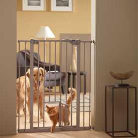 Перегородка для собак с дверцей Savic Dog Barrier+small door 107Х75-84 см фото